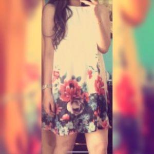 Dresses & Skirts - Brunch/graduation dress
